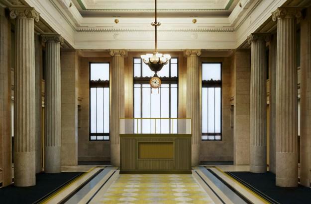 banking hall venue design