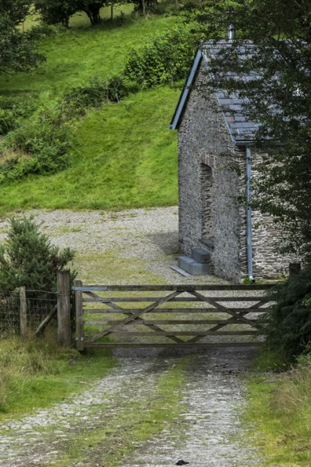 An image of the road down to our cosy self-catering barn