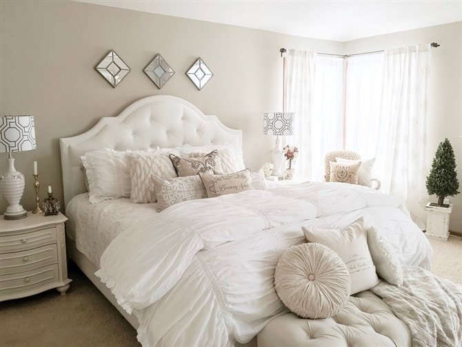 Makeover Magic  31 Master Bedroom Decorating Ideas   Canvas Factory Master Bedroom Decorating Ideas   Soft White Bedding