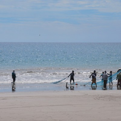 Fishermen Puerto Lopez - Ecuador