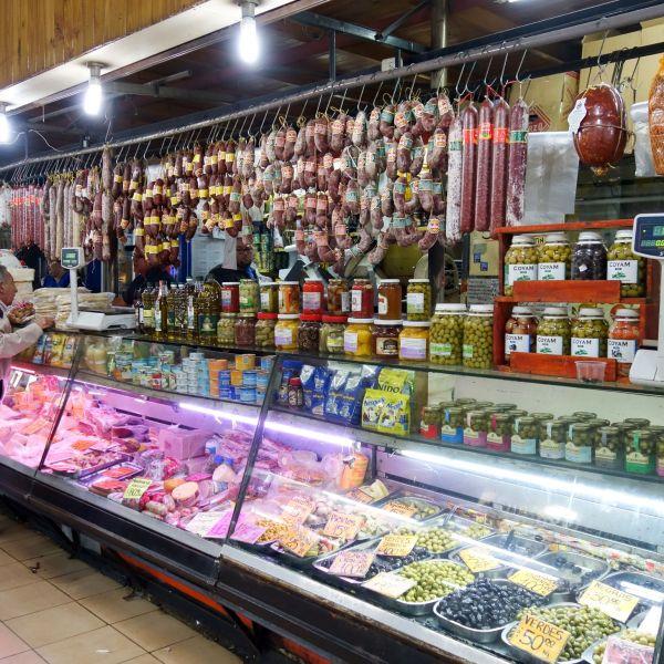 Argentine_Mendoza_Market