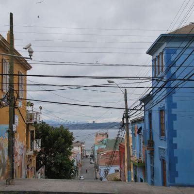 Street_Valparaiso_Chili