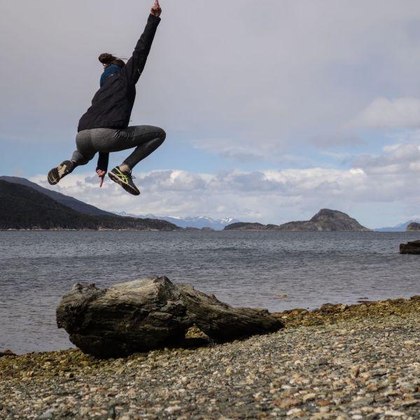 Jump_patagonia