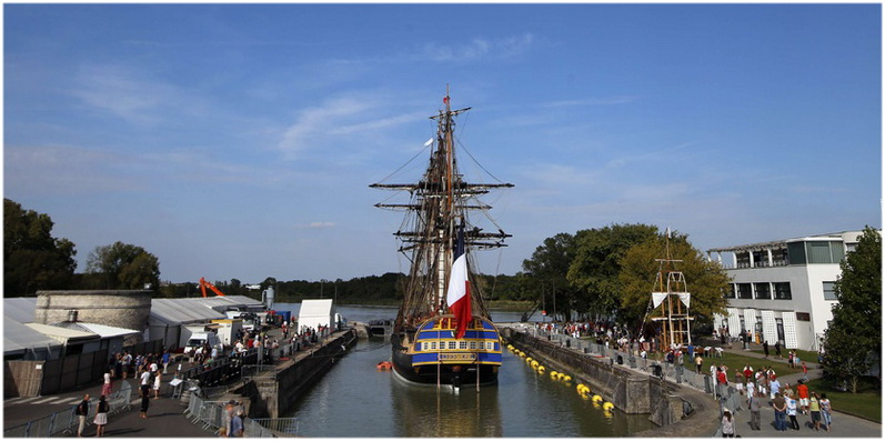 Rochefort Charente Maritime France Cap Voyage
