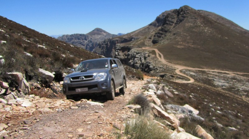 4x4 up Matroosberg Peak above Groothoek Canyon, Matroosberg