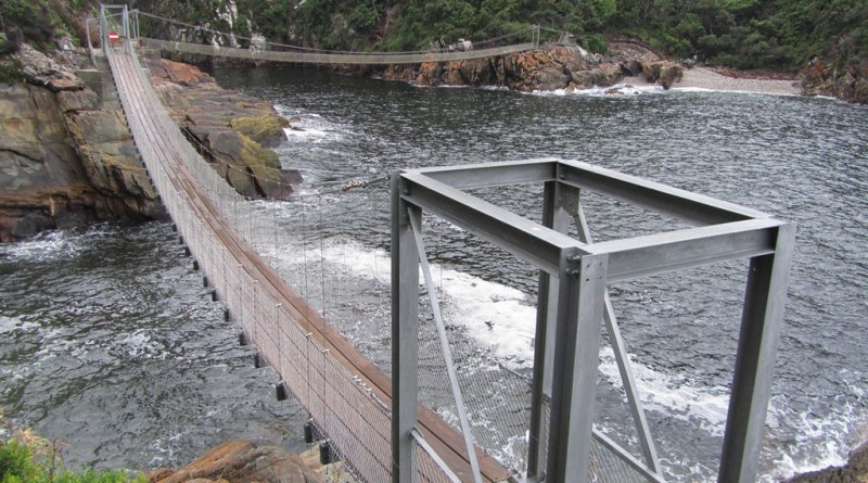 Storms River Mouth suspension bridges