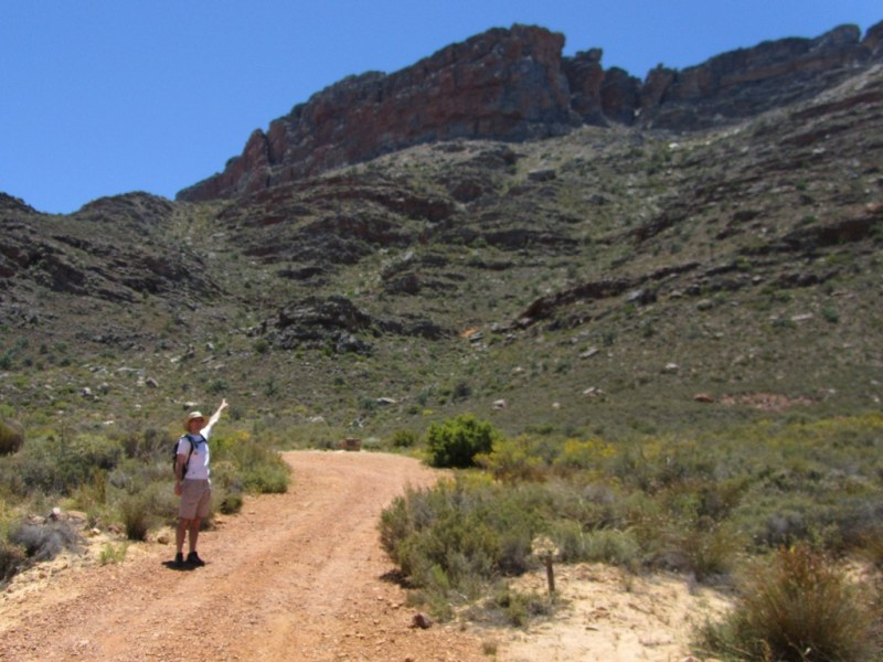 Walking to the Wolfberg Cracks trail-head, Central Cederberg