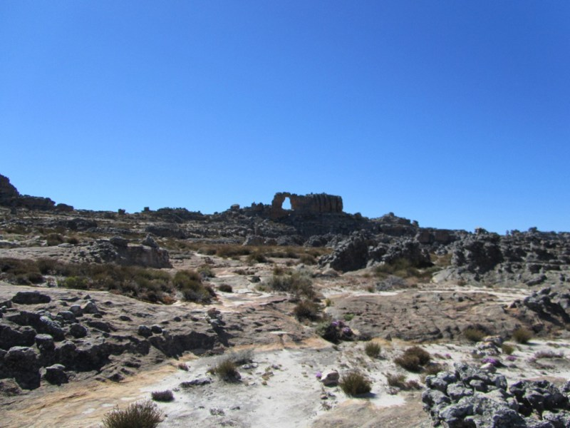 Approaching Wolfberg Arch, Cederberg