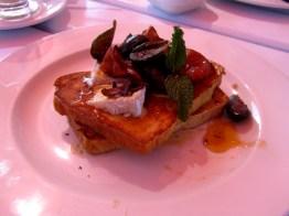 Breakfast at East Head Café