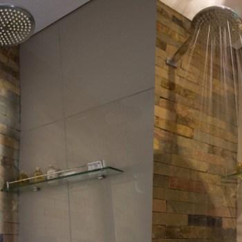 Aquila Lodge Standard Lodge Rooms Shower