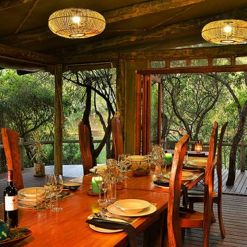 Sibuya River Lodge Dining Area