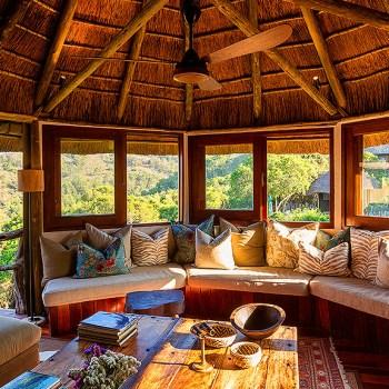 Tree Top Safari Lodge Guest Lounge Boma