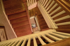 stairs_dn_72