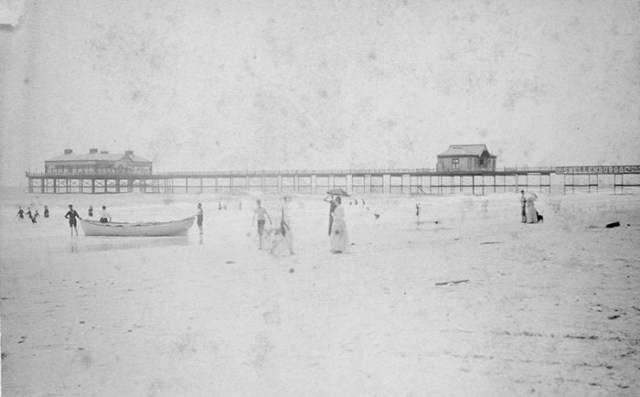 Iron-Pier-during-bathing-hour-Aug-1891