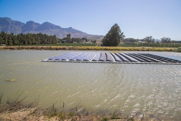 52263530 2317659114931530 4152759305331802112 o 600x400 - Cape Town launches Africa's first floating solar farm