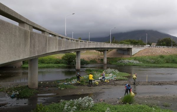 River 2 600x380 - Petition to stop waste polluting Cape Town waters