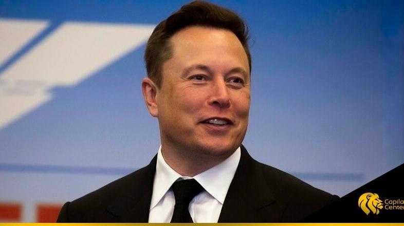 El magnate Elon Musk y su calvicie que dejó en el recuerdo