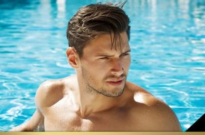 Nadar luego del Implante Capilar: ¿Cuánto Tiempo Esperar?