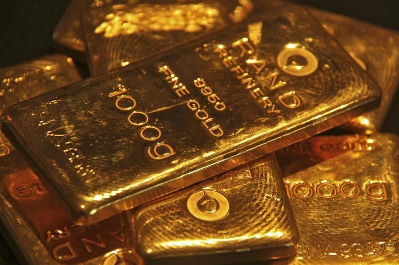 Gold Stable After Sharp Sell-Off; ETFs See Record Inflows By Investing.com