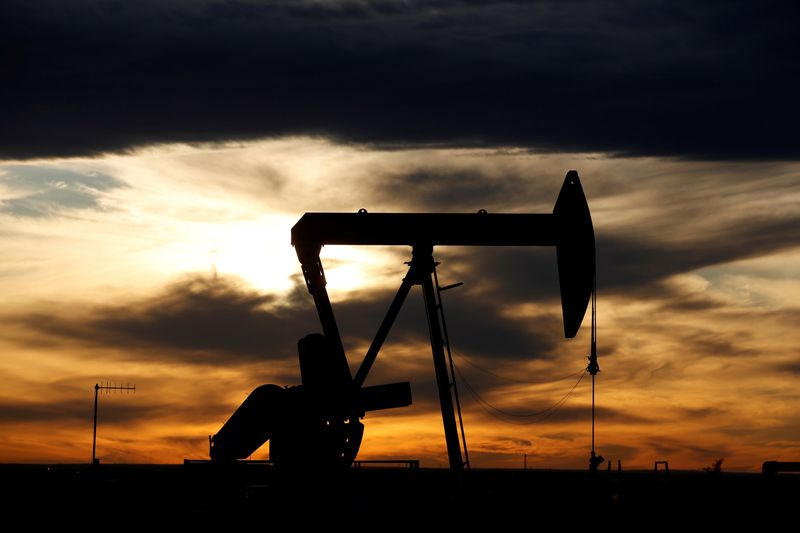 Russia, Saudi to debate oil output cuts as U.S. resists joining By Reuters