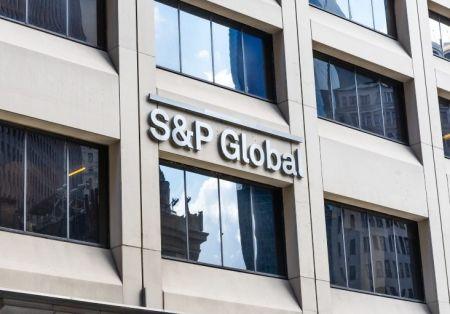 135 pays notés par S&P Global Ratings pourraient emprunter 12 600 milliards $ en 2021