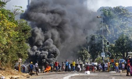 tours, fibre optique… de nombreux intérêts télécoms vandalisés au KwaZulu-Natal depuis le 8 juillet