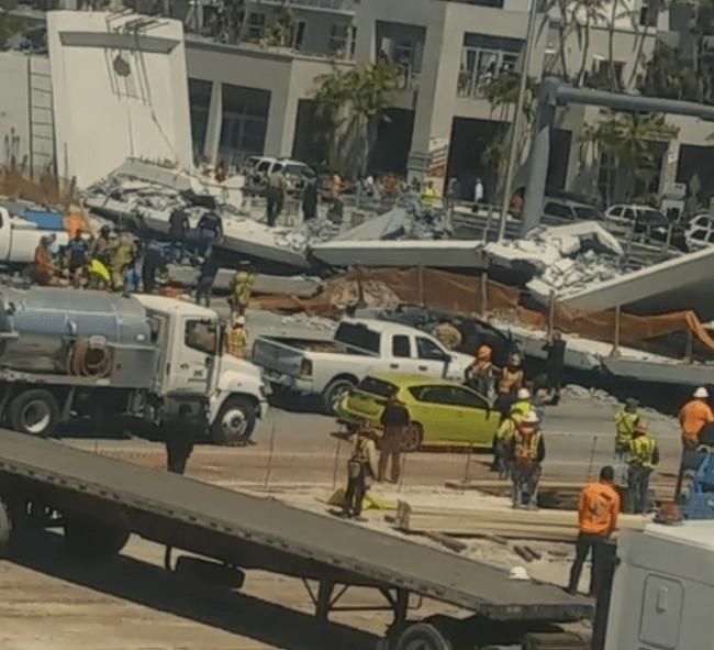 Κατέρρευσε πεζογέφυρα στο Μαϊάμι, αναφορές για 6-10 νεκρούς