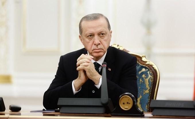 """""""Αγκάθια"""" για τον Ερντογάν οικονομία και Κούρδοι"""