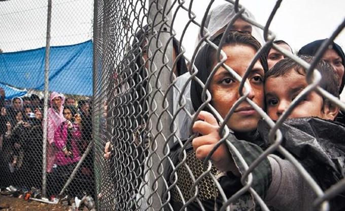 Θεσσαλονίκη: Προσφυγόπουλο καταπλακώθηκε από μεταλλική πόρτα και τραυματίστηκε θανάσιμα