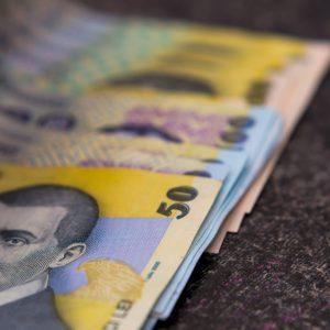 BOMBA pensiilor: Se dau super mulți bani! Surpriză fără precedent pentru 7 milioane de români