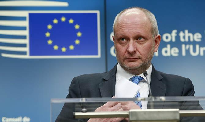 Посол ЕС напомнил Украине о необходимости бороться с коррупцией