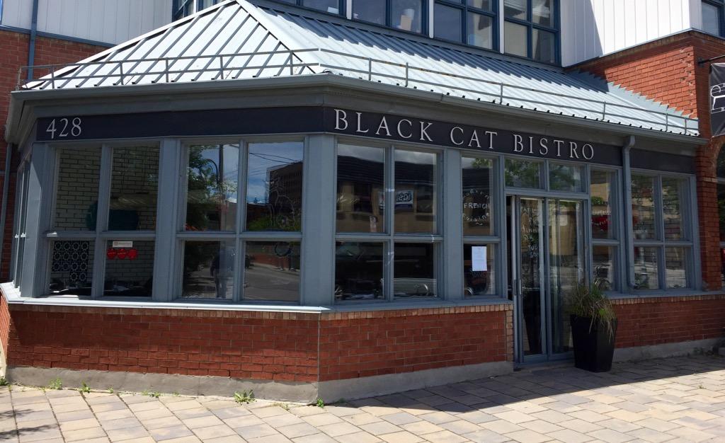 bye bye black cat capital dining. Black Bedroom Furniture Sets. Home Design Ideas