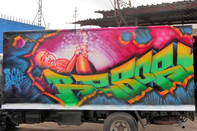 painting on the wall zuru kenya 21