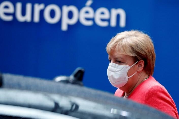 UK looks to EU to break Brexit talks impasse