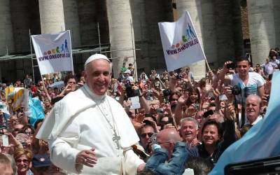 Is Pope Francis Uniting Political Adversaries?