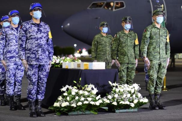Repatrían 245 urnas con restos de connacionales fallecidos por Covid-19 en EUA