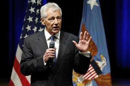 Secretary of Defense Chuck Hagel speaks to service members and civilian employees on his first day in his new post after being sworn in, at the Pentagon in Arlington, Virginia, February 27, 2013. REUTERS/Jonathan Ernst