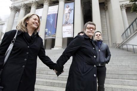 Sandy Stier and Kris Perry (AP Photo/Jose Luis Magana)