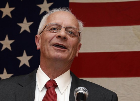 Right-wing Repubiican Rep.  FILE - In this Nov. 7, 2012 file photo, then-Michigan Republican House candidate Kerry Bentivolio (AP/Paul Sancya)