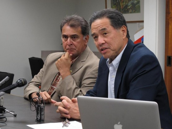 Hawaii State Sen. Clayton Hee (right) and Senate Majority Leader Brickwood Galuteria. (AP/Oskar Garcia)