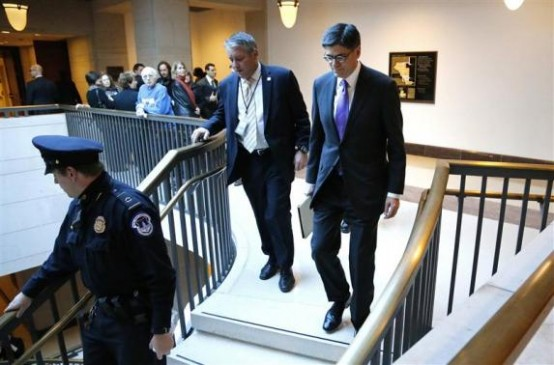 U.S. Treasury Secretary Jack Lew (R) arrives to brief members of the Senate on talks with Iran during a closed-door meeting at the Capitol. (REUTERS/Jonathan Ernst)