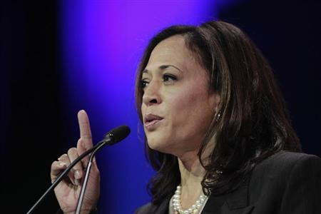 California Attorney General Kamala D. Harris  (REUTERS/David McNew)