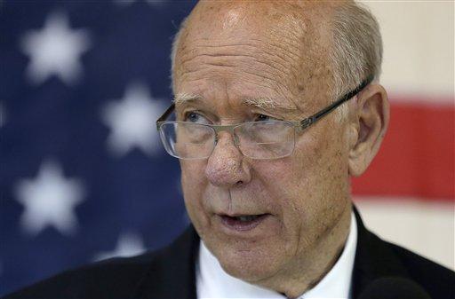 Sen. Pat Roberts, R-Kan.  (AP Photo/Charlie Riedel)