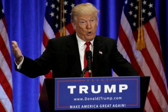 Republican presidential candidate Donald Trump delivers a speech at the Trump Soho Hotel in Manhattan, New York City, U.S., June 22, 2016. REUTERS/Mike Segar