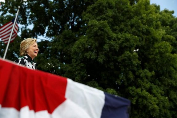Democratic presidential nominee Hillary Clinton campaigns at Fort Hayes Metropolitan Education Center in Columbus, Ohio, U.S., July 31, 2016.  REUTERS/Aaron P. Bernstein