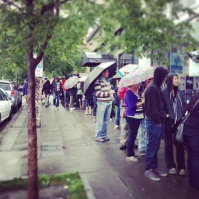 People, again, lined E Pine on Memorial Day for a free burger thanks to Li'l Woody's (Image: Li'l Woody's via Facebook)