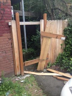 This fence was a casualty of the pursuit, reports @lazeruskennon