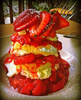 The strawberry shortcake will be dearly missed (Image: Kingfish Cafe)