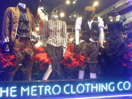 (Images: Metro Clothing)
