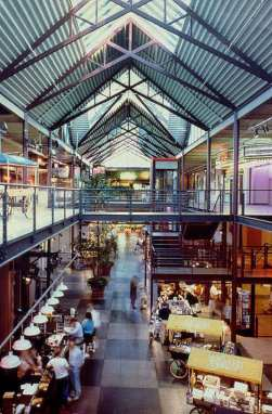 Late 1980s photo of the interior, expanded and returned to a public market (Photo: Johnston Architects)